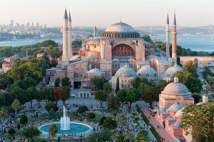 Один из самых магических и незабываемых городов мира.