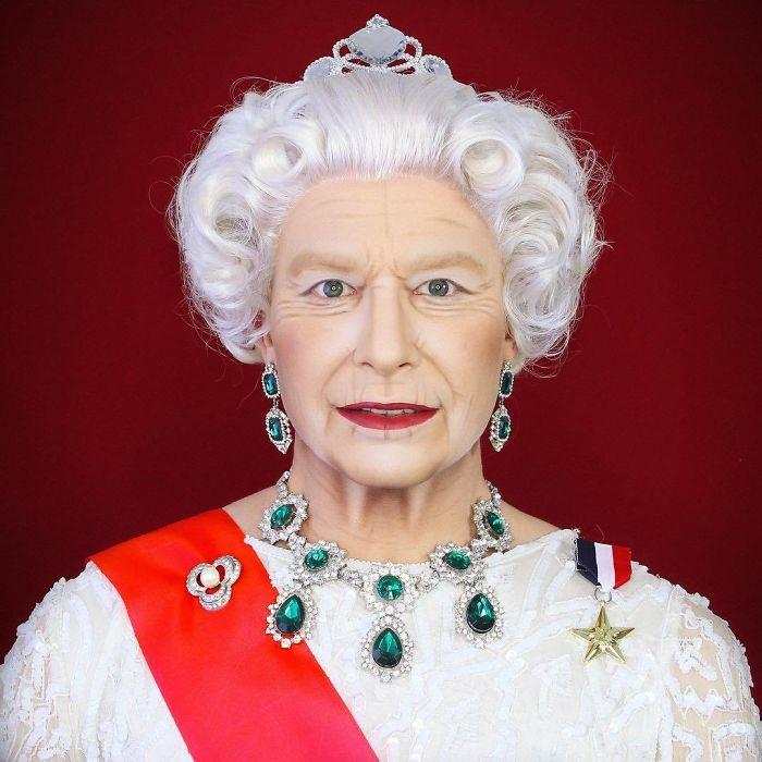 Царствующая королева Великобритании.