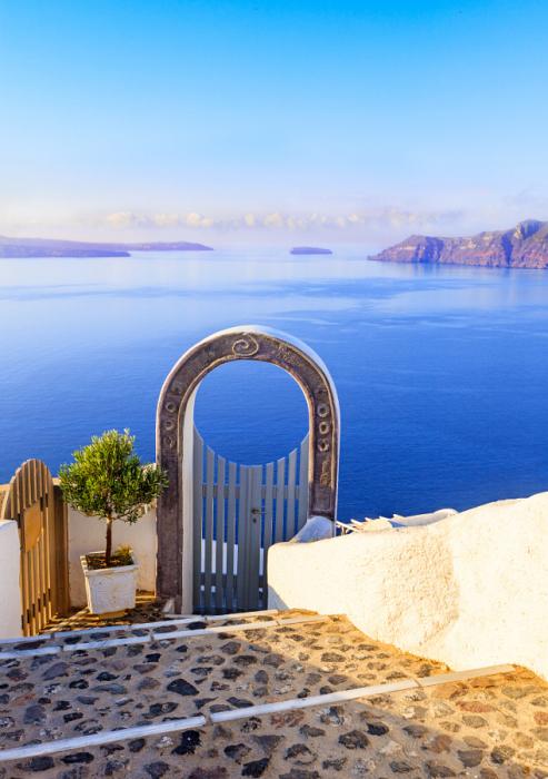 Уникальная красота острова Санторини.