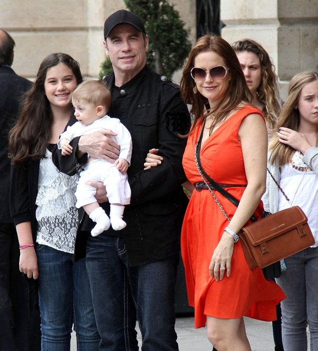 23 ноября 2010 года у 56-летнего Джона Траволты и его 48-летней жены Келли Престон родился сын Бенджамин. /Фото: uaua.info