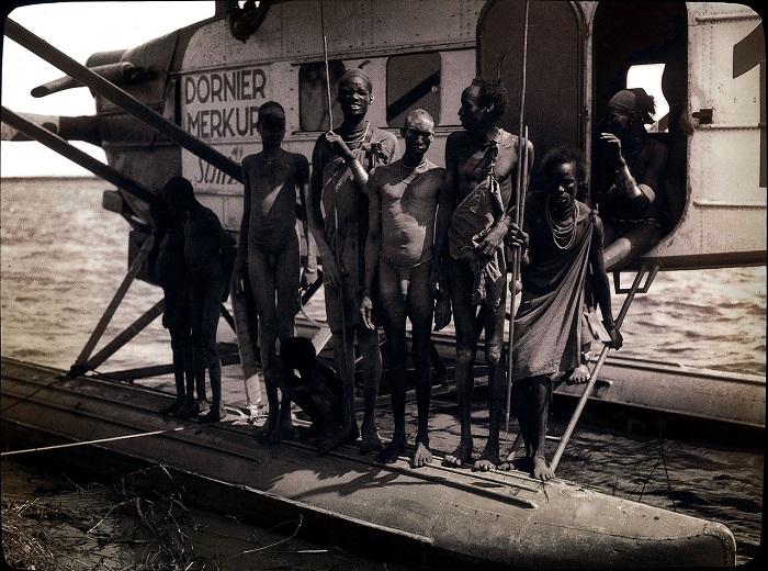 Динки оправились от первоначального шока после посадки в Абвонге.
