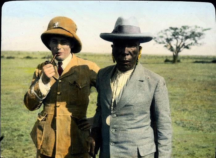 Уполномоченный по Восточной Африке и король.