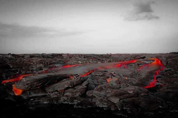 Национальный парк США, созданный в 1916 году на острове Гавайи, самом крупном из Гавайских островов.
