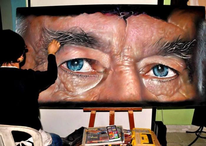 Глубоко посаженные голубые глаза человека, говорят о его внутреннем мире.