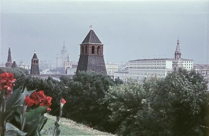 Уникальный панорамный вид на Москву.