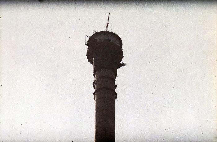 В эксплуатацию московская Останкинская телебашня была сдана 30 апреля 1967 года.