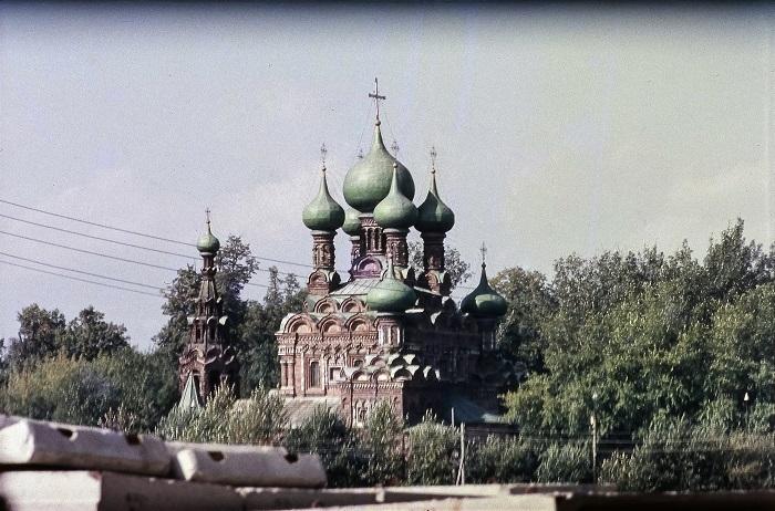 Памятник старорусского культового зодчества, который был построен в конце XVII века.