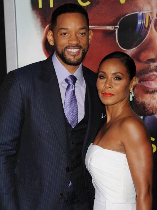 Знакомство одной из самых крепких пар Голливуда состоялось в 1990 году, а 1998-й пара актеров уже встретила в качестве законных супругов.