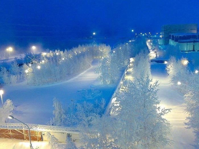 Раннее утро в Сибири.