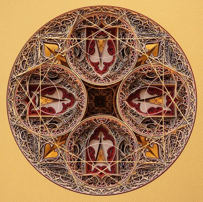 Некоторые бумажные шедевры Эрика Стэндли, напоминают не столько витражи, сколько тибетские мандалы, или тончайшее ажурное кружево из ниток всех цветов радуги.