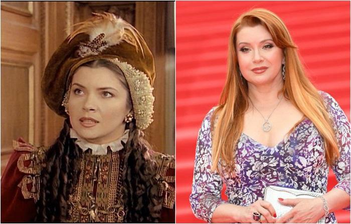 Российская актриса стала узнаваемой после съемок в исторических фильмах «Байрон», «Битва трех королей» и «Королева Марго», которые принесли ей огромный успех.