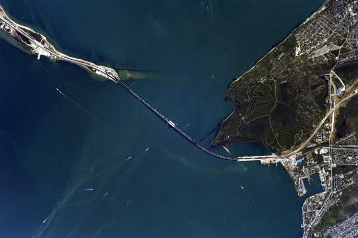 Самая масштабная стройка в России – Керченский мост.