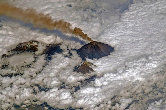 Действующий и самый высокий стратовулкан на востоке полуострова Камчатки.