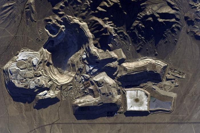 Месторождение железной руды.