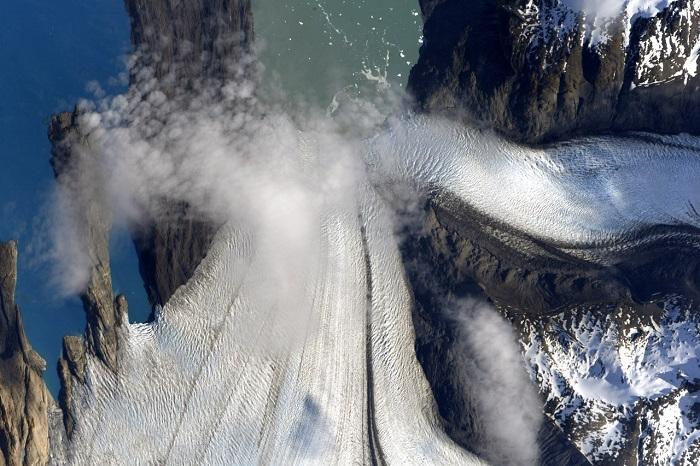 С борта Международной космической станции сделан снимок ледников, которые находятся в Патагонии.