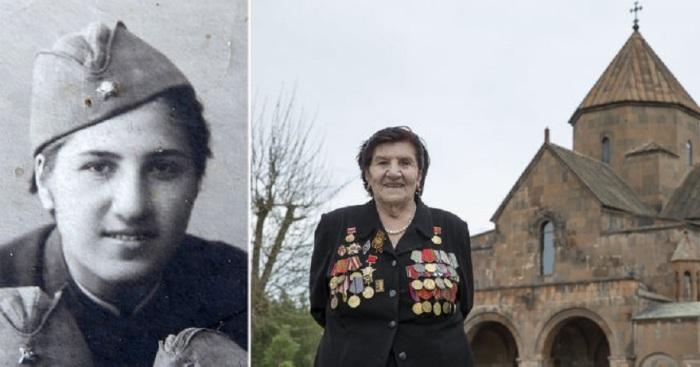 91-летняя Розалия на фоне Эчмиадзинского монастыря в городе Вагаршапат в Армении.