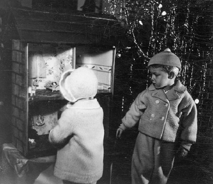 Кукольный домик, о котором так мечтала девочка.