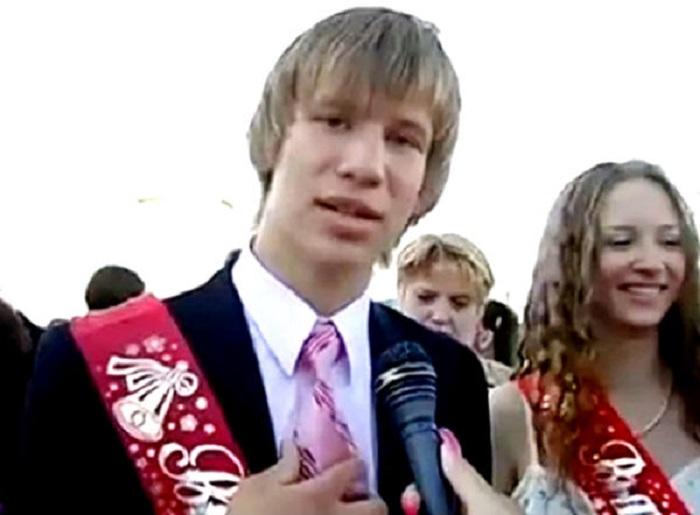 Украинский певец русского происхождения, диджей и телеведущий, бывший участник группы «Пара Нормальных».