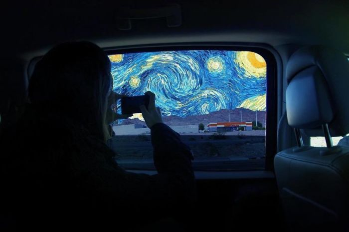 Для коллажа использована картина «Звездная ночь» нидерландского художника-постимпрессиониста Винсента Ван Гога (Vincent van Gogh).