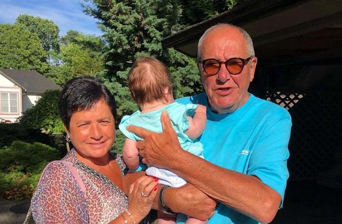 78-летний актер и его жена, 56-летняя Ирина Млодик стали родителями замечательной девочки Этель. /Фото: vokrug.tv