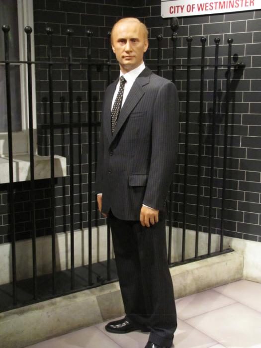 Восковая фигура действующего президента России – одна из самых популярных в филиале Музея мадам Тюссо в Бангкоке.