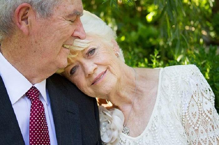 Пара, доказывающая, что любовь может длиться всю жизнь.