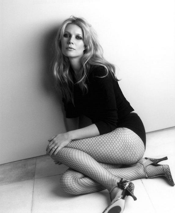 42-летняя американская актриса и певица, обладательница премий «Оскар» и «Золотой глобус» за роль в фильме «Влюблённый Шекспир».