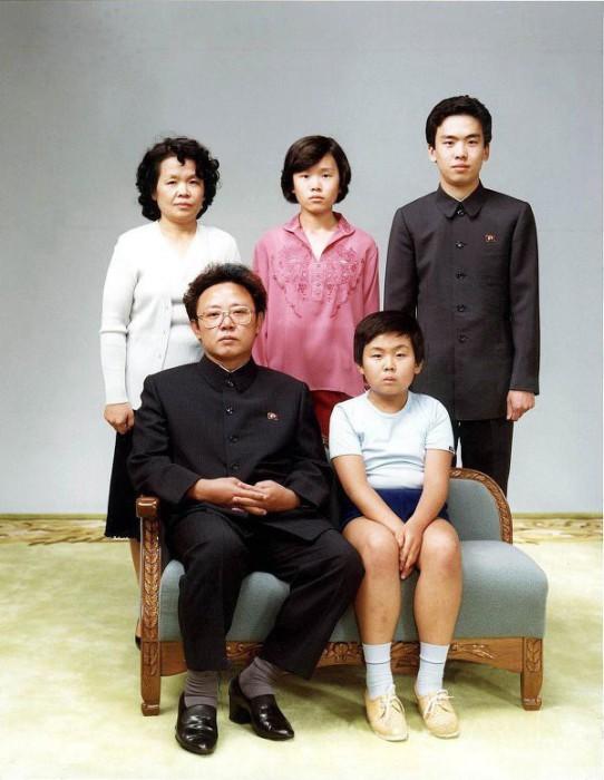 Северокорейский политический, государственный, военный и партийный деятель.