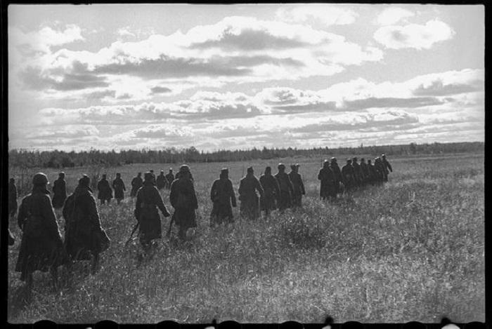 Перегруппировка армейского корпуса перед наступлением.