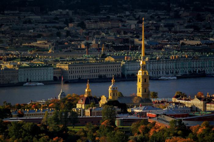 Усыпальница русских императоров, высота 122,5 метра.