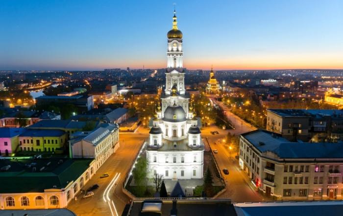 Один из старейших православных храмов Харькова, высота которого 89,5 метра.