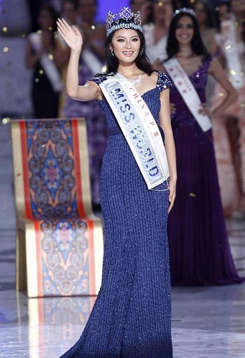 Китайская телеведущая, победительница международного конкурса красоты «Мисс Мира» 2012 года, девушка стала второй китаянкой - обладательницей титула «Мисс Мира».