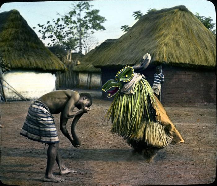 Танец - неотъемлемая часть африканских народов и важный инструмент воздействия на людей.