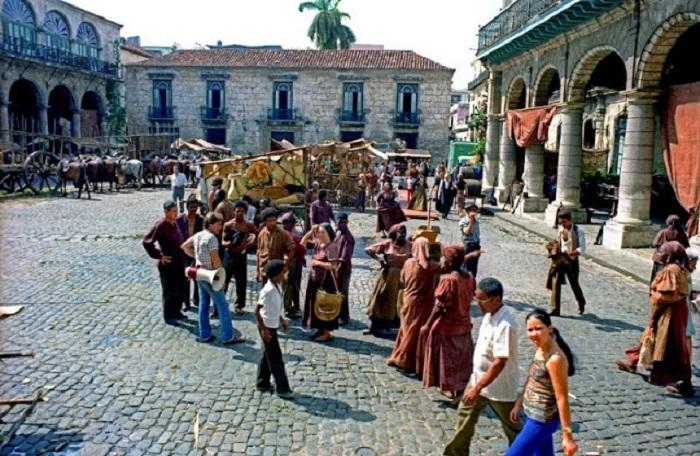 Соборной площадь. Республика Куба, Гавана, 1981 год.