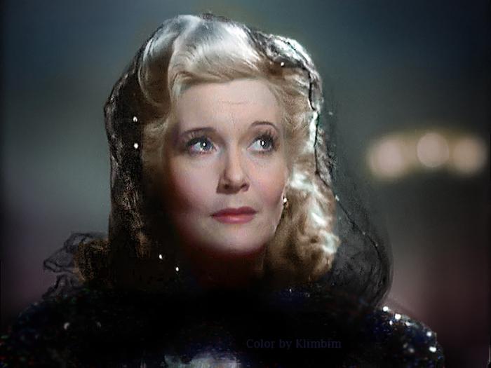Советская актриса, имя которой уже давно стало негласным символом всего советского кинематографа.