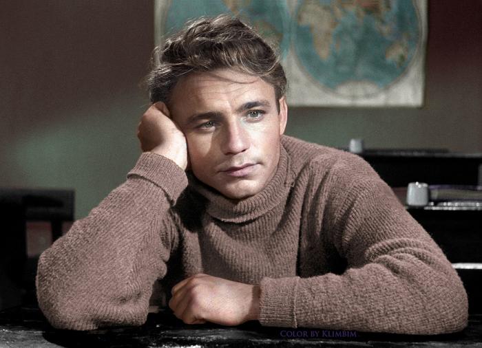 Один из известнейших и талантливейших актеров советского кинематографа.