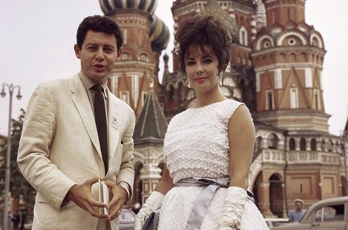 Звёзды, приезжавшие в СССР на гастроли, съёмки, для участия в фестивалях, а некоторые в качестве туристов.