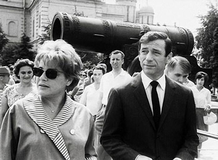 Французские актеры во время осмотра Московского Кремля, 1963 год.