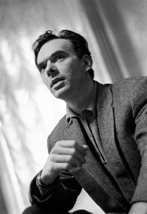 Народный артист на репетиции в театре имени Ленинского комсомола. 1963 год.