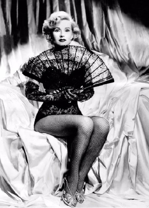 Актерской карьере актриса отдавала много времени и всю себя.