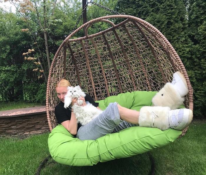 Любимчик российской балерины белоснежный персидский кот Лаки обзавелся собственной страничкой в Инстаграме.