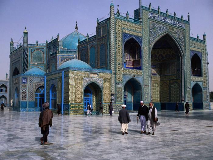 Голубая мечеть Мазари-Шариф. Афганистан.