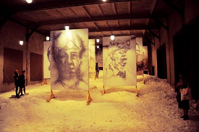 Экспозиция 1040 m underground в Донецке. Портреты шахтеров от Cai Guo-Qiang