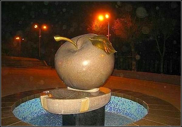 http://www.kulturologia.ru/files/u1866/18668379.jpg