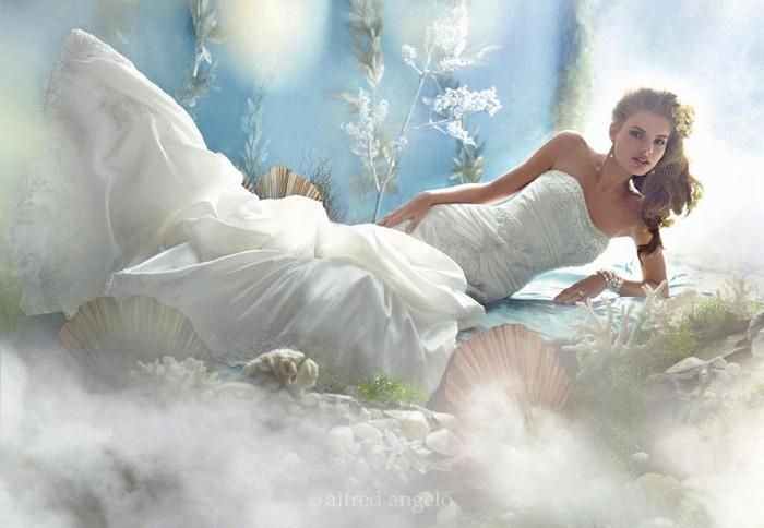 Платье русалочки Ариэль из коллекции Disney Princess wedding dresses