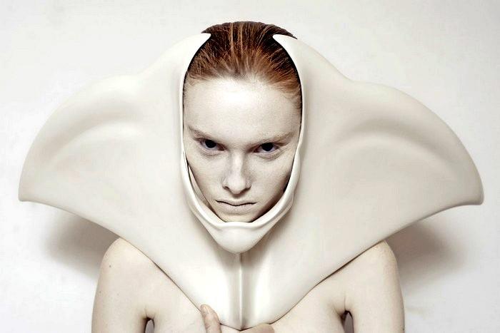 Украшения в виде мутаций. Концептуальный арт-проект Анны Райчевич