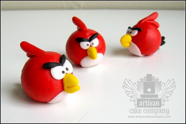 Скушай птичку! Украшения для торта из Angry Birds