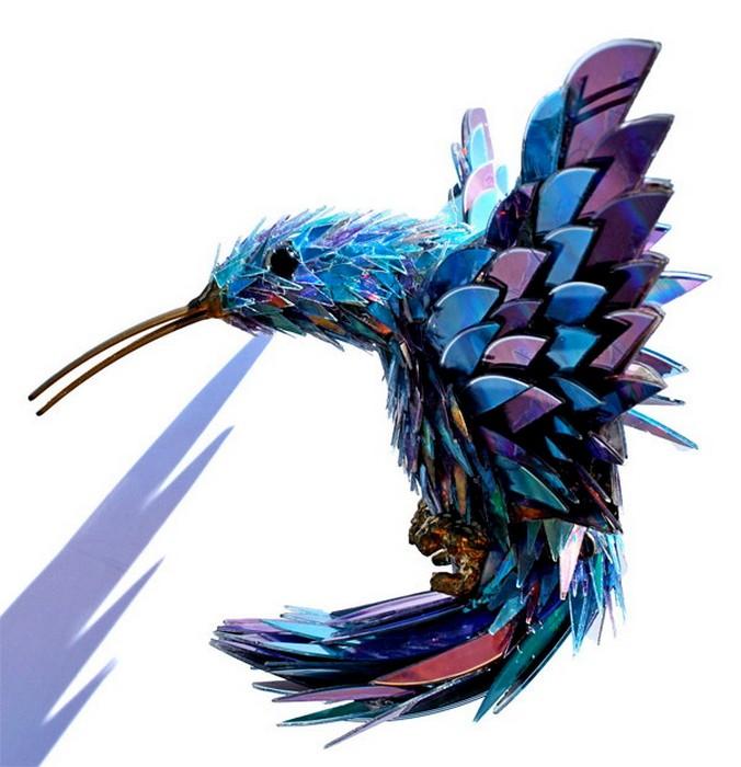 Птица из сд дисков
