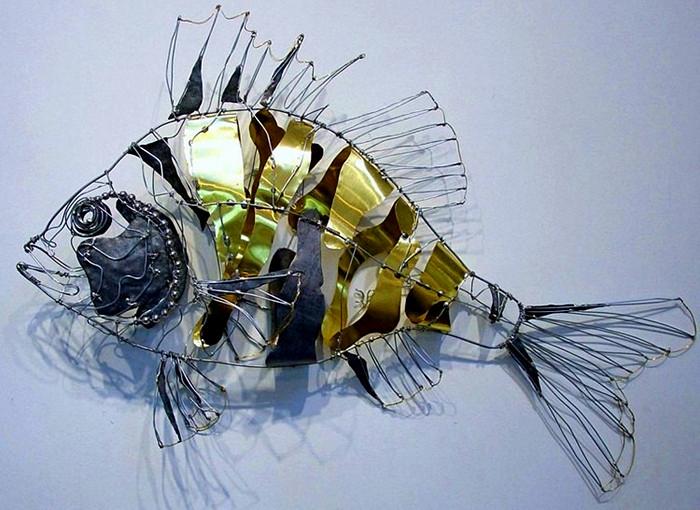 Скульптуры животных и птиц из металлических отходов