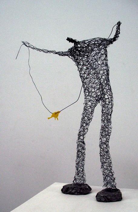 В паутине проводов. Скульптуры Барбары Лича (Barbara Licha)